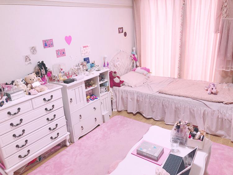 STAFFお部屋紹介 Vol.3 お姫様をイメージした部屋